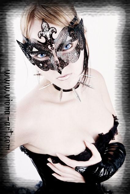 http://ange-noir.cowblog.fr/images/cover.jpg